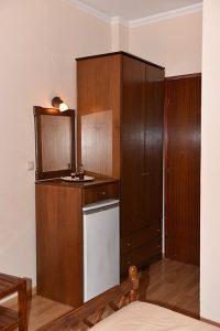 Basic-Room-40Platania-img16-200x300