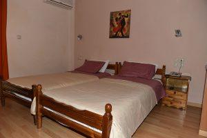 Basic-Room-40Platania-img17-300x200