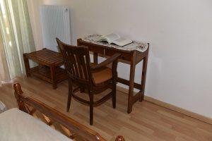 Basic-Room-40Platania-img3-300x200