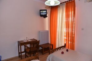 Basic-Room-40Platania-img7-300x200