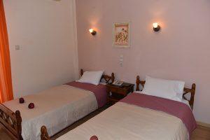 Basic-Room-40Platania-img8-300x200